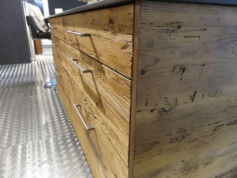 Produzione cucine in legno vecchio for Produzione cucine